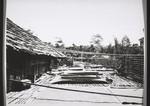Rumah Riam Veranda. Reistrocknen auf der Veranda, Rumah Riam veranda. Drying rice on the veranda