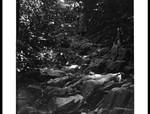 Path to Aburi, going up the mountain from Abesare, Weg nach Aburi, den Berg hinauf von Abesare