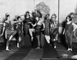 1925 Chorus girls