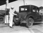 Women gas attendants, view 4