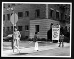 Nude model on Selma Avenue