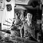 Salesclerk in Chinatown