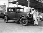 Women gas attendants, view 5