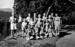 Den danske skole i Kotagiri, sommeren1954. På pladsen foran huset