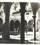 Students walking in Eucalyptus Court, Scripps College