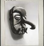 A 'sabuka' mask from a funeral in Kahajan, Maske 'sabuka' vom Totenfest i. Kahajan
