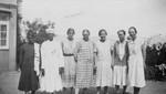 At vacation in Darjeeling, North India, July 1932. Missionaries from left to right: Gudrun Holt, På ferie i Darjeeling, Nordindien, juli 1932. Missionærer fra venstre: Gudrun Holten, Dina Nielsen (Klaudine Nielsen), Dagmar Miller (USA), Dagmar Pedersen (USA), Magnhild Buttedahl (Norge)