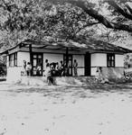 Haraputa Dispensary. Missionary and Nurse, Elisabeth Krohn (Lis Krohn) was engaged in clinic wo, Haraputa Medicinudsalg/Apotek. Missionær og sygeplejerske Elisabeth Krohn (Lis Krohn) havde klinikarbejde i Haraputa gennem mange år, i perioden 1948-68