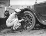 Women gas attendants, view 9