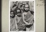 Heidnische Kinder mit Goldschmuck, Non-christian children with gold jewellery