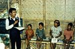 Landsbyskole med undervisning af Fremtidsbørn i Bangladesh. (Navn på lærer?), Rural school with teaching of Future kids in Bangladesh. (Name of the teacher?)