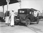 Women gas attendants, view 6