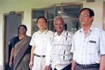 CCTB/College of Christian Theology Bangladesh, Dhaka, 2000. From left to right: A female teache, Den Kristne Teologiske Skole Bangladesh, CCTB i Dhaka, 2000. Fra venstre: En kvindelig lærer, en koreansk lærer, rektor Dr. Sirdar og Stephen Baroy